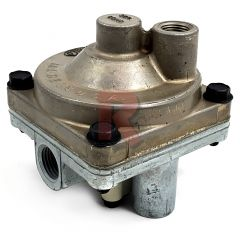 "1/2"" RESERVOIR PORT SERVICE RELAY VALVE, 4 PSI"