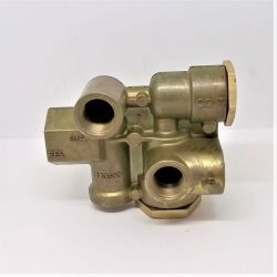 "1/2"" RESERVOIR PORT SPRING BRAKE CONTROL VALVE"